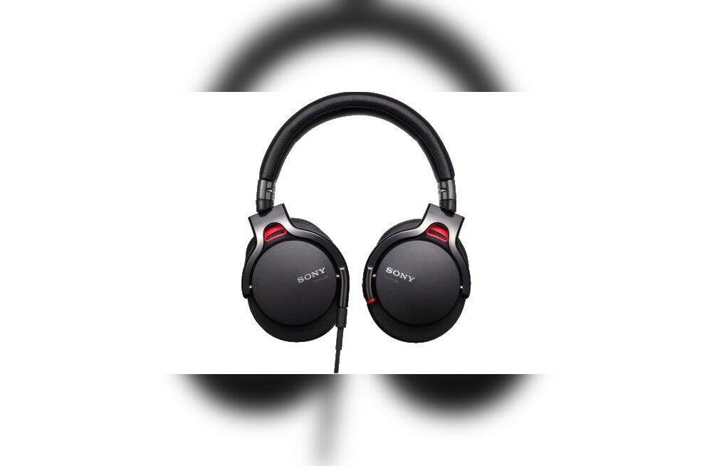 Forte uurib: kui head on kõrvaklapid, mille ostmine PPA peadirektorile skandaali kaela tõi