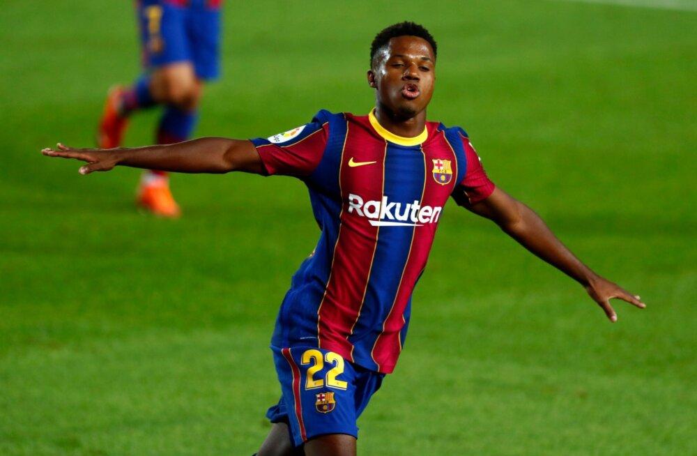 FC Barcelona seob paljuski oma tulevikku 17-aastase Ansu Fatiga.