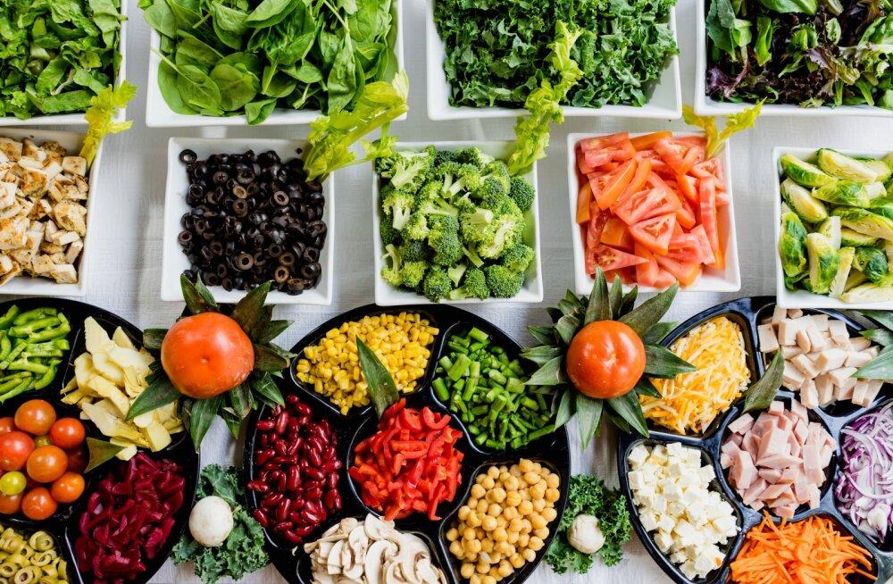 Toit on kõige tervislikum siis, kui see on värske! Olulised asjad, mida pead toortoitumise kohta teadma