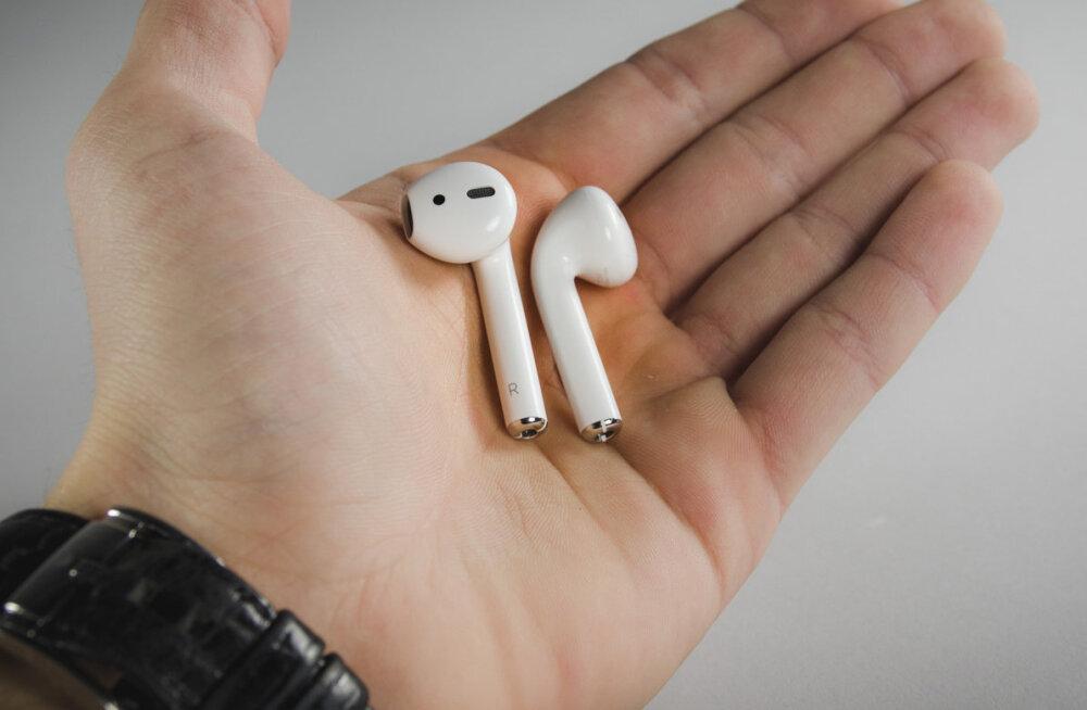 TEST | Juhtmeta kõrvaklapid AirPods: parim, mis iPhone'iga juhtunud on