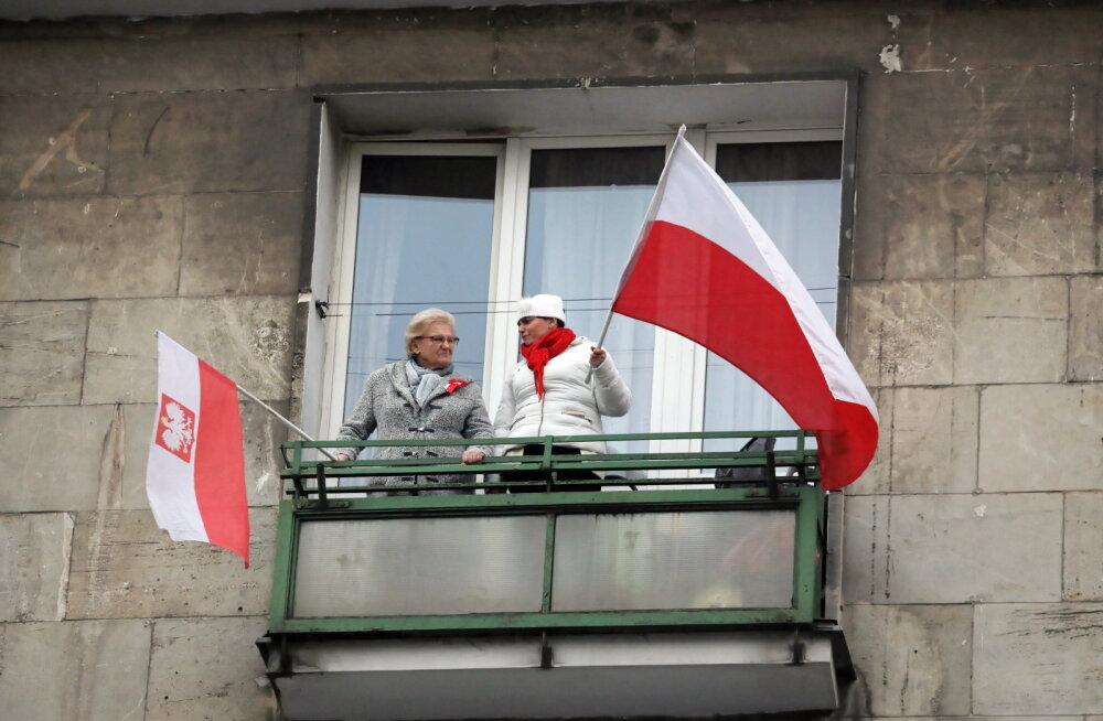 Poola ajakirjanik sealsest pensionisamba reformist Ärilehele: valitsus tahab varastada meie raha valimislubaduste täitmiseks