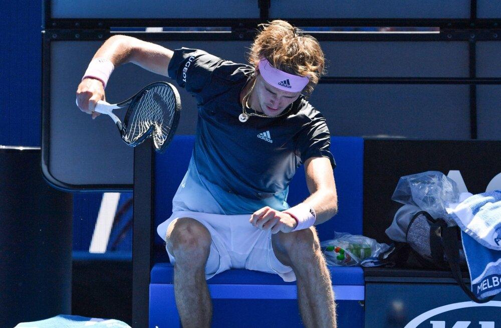 VIDEO | Reketilõhkumise meistriklass: Australian Openil põrunud sakslane materdas mänguvahendit üheksa korda