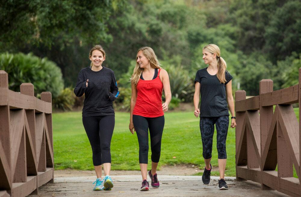 10 000 sammu või hantel — kumb siis ikka on tõhusam viis kaalust alla võtmiseks?