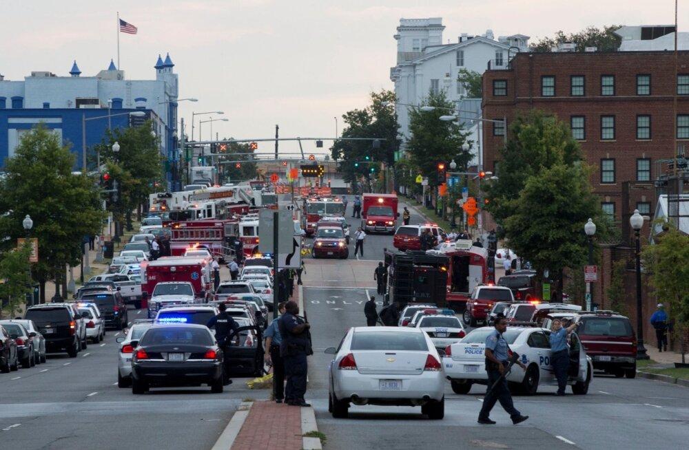 Californias hukkus lennuõnnetuses neli inimest