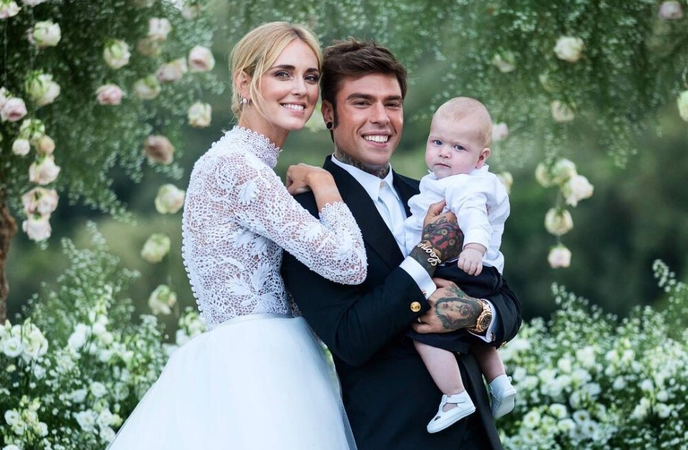 FOTOD | Moemaailma suurim mõjutaja abiellus nädalavahetusel oma räpparist kallimaga ja nii uhket pillerkaari pole veel kellegi silmad näinud