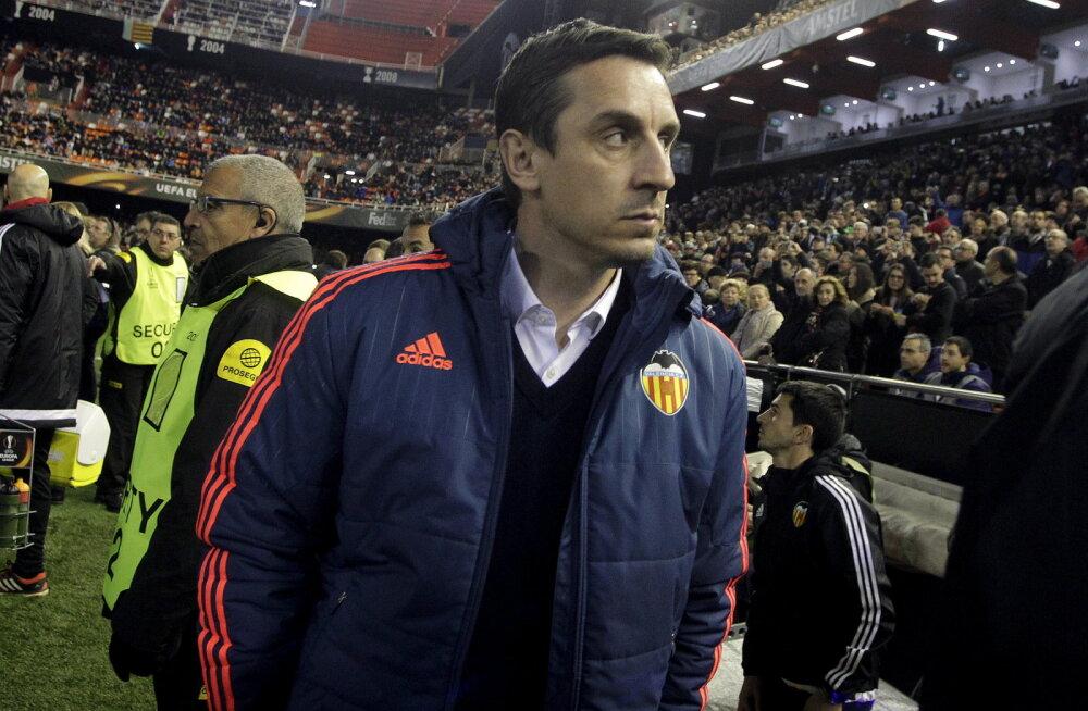 Pikka pidu polnud: Gary Neville vallandati Valencia eesotsast