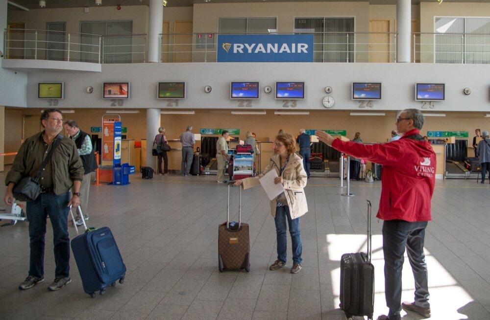 Viking Stari reisijad lahkuvad Tallinnast