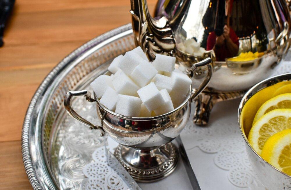 Seitse sümptomit, mis annavad sulle märku, et tarbid liiga palju suhkrut