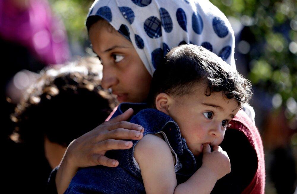 APTOPIX Mideast Lebanon Syria Refugees