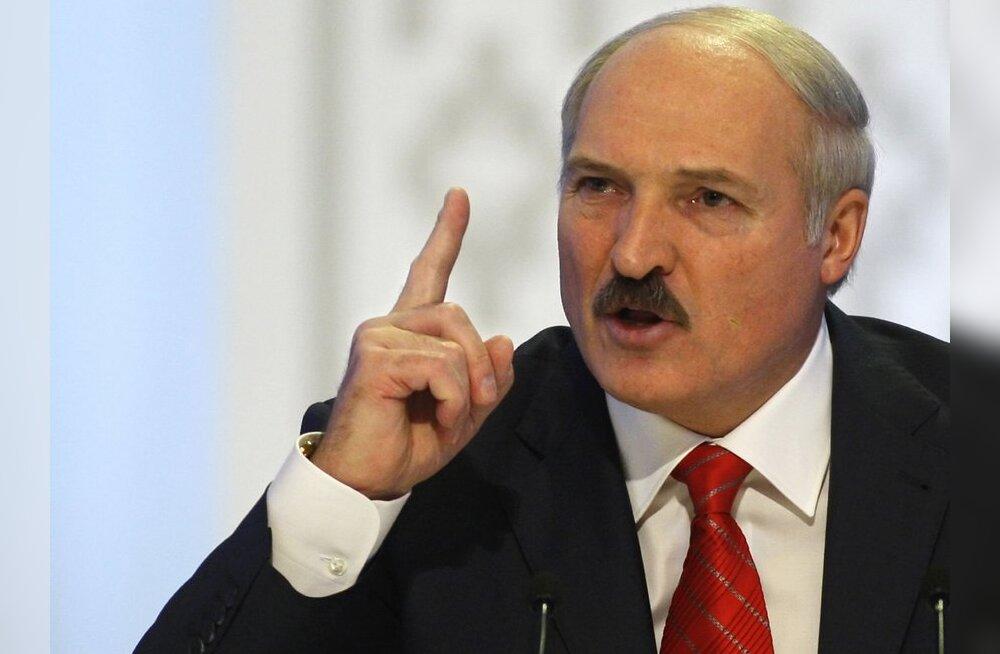 Lukašenka aastakõnes: me hävitame viienda kolonni