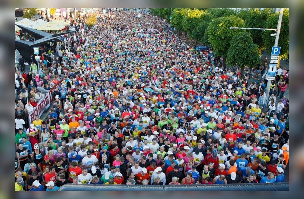 Ööjooks tõi eelmisel aastal Rakveres starti üle 6300 osaleja, neist üle 1100 koolikonkursi kaudu