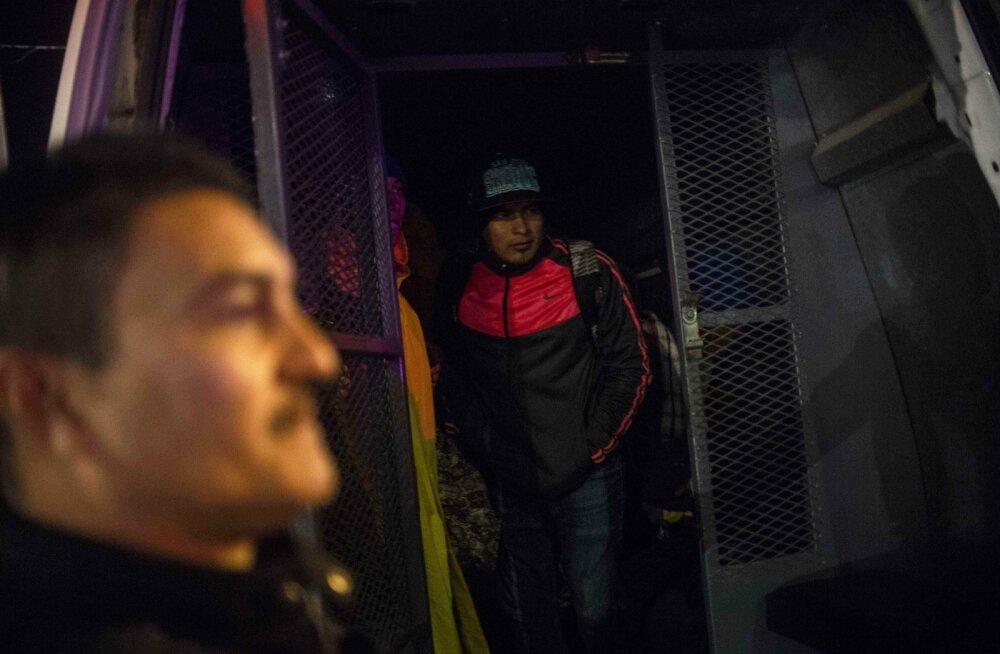 Kesk-Ameerika mehed loodavad USAsse jõuda.