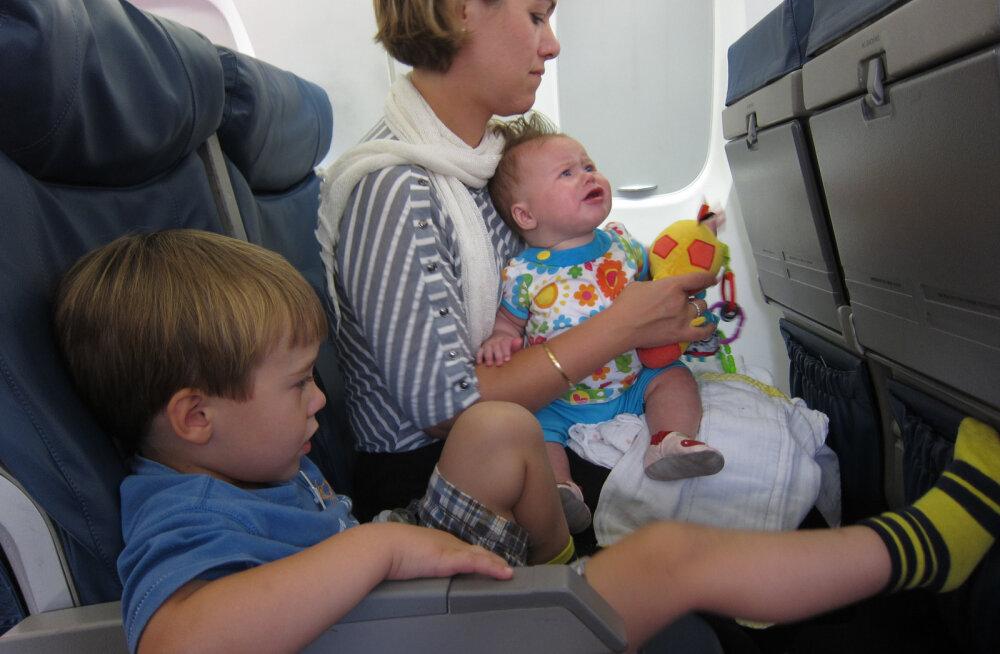 10 asja, mida teha, et lapsed lennureisiajal kõiki hulluks ei ajaks