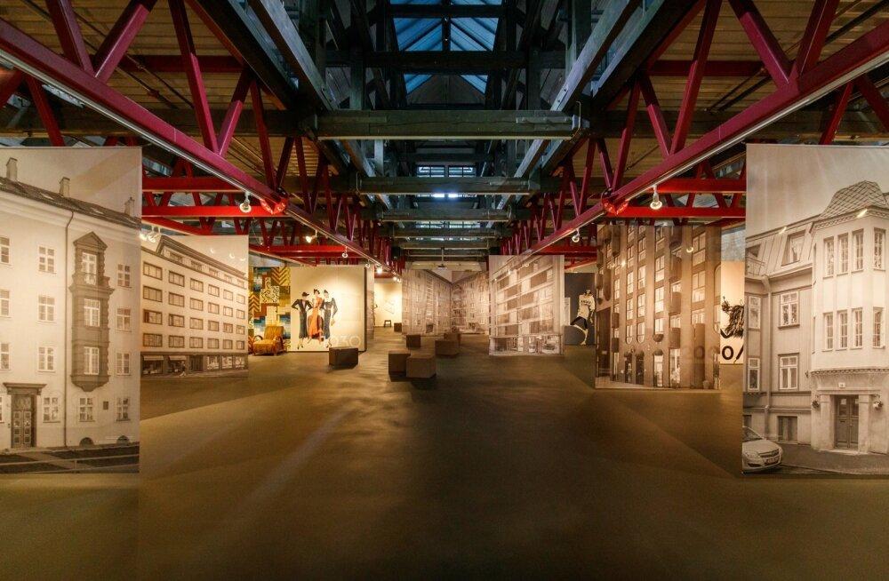 Rotermanni soolalaos üles pandud näitusel saab heita pilgu eestlaste koju alates 1920-ndatest kuni tänapäevani välja.