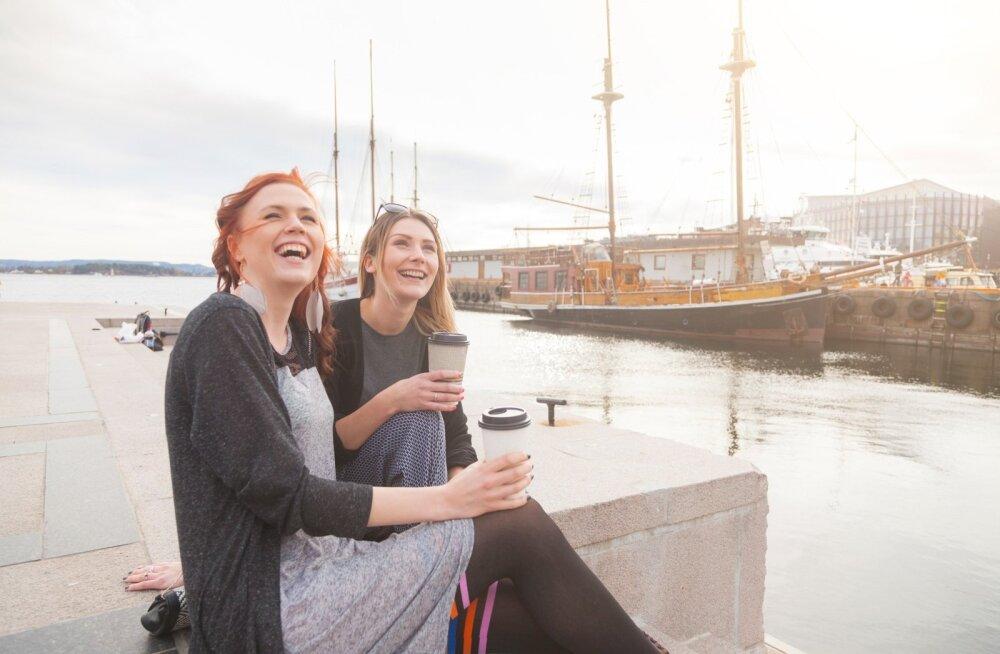 Как норвежцам удается так легко пережить холодные и темные зимы?