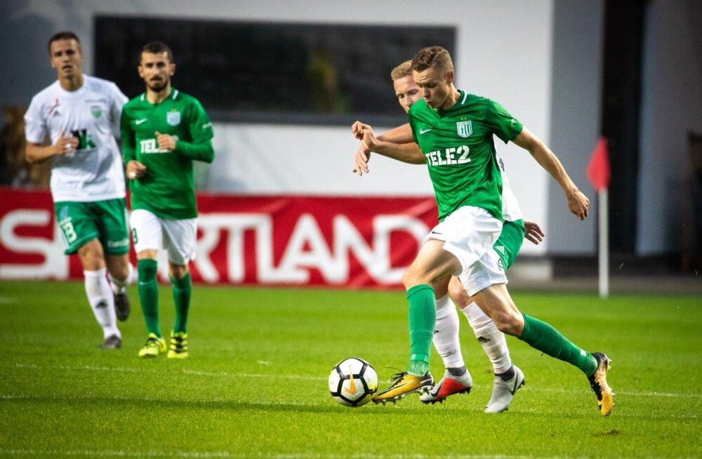 Flora - Levadia mäng Lilleküla staadionil, esiplaanil Markus Poom