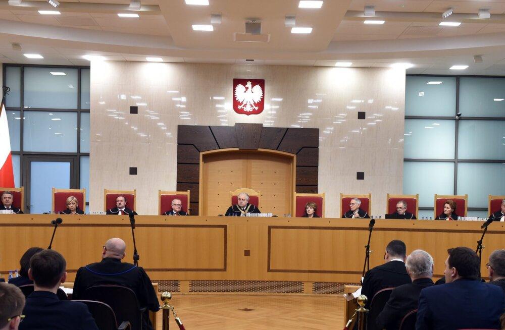 EL alustas õiguslikku menetlust Poola vastu sealsete kohtunike kaitsmiseks