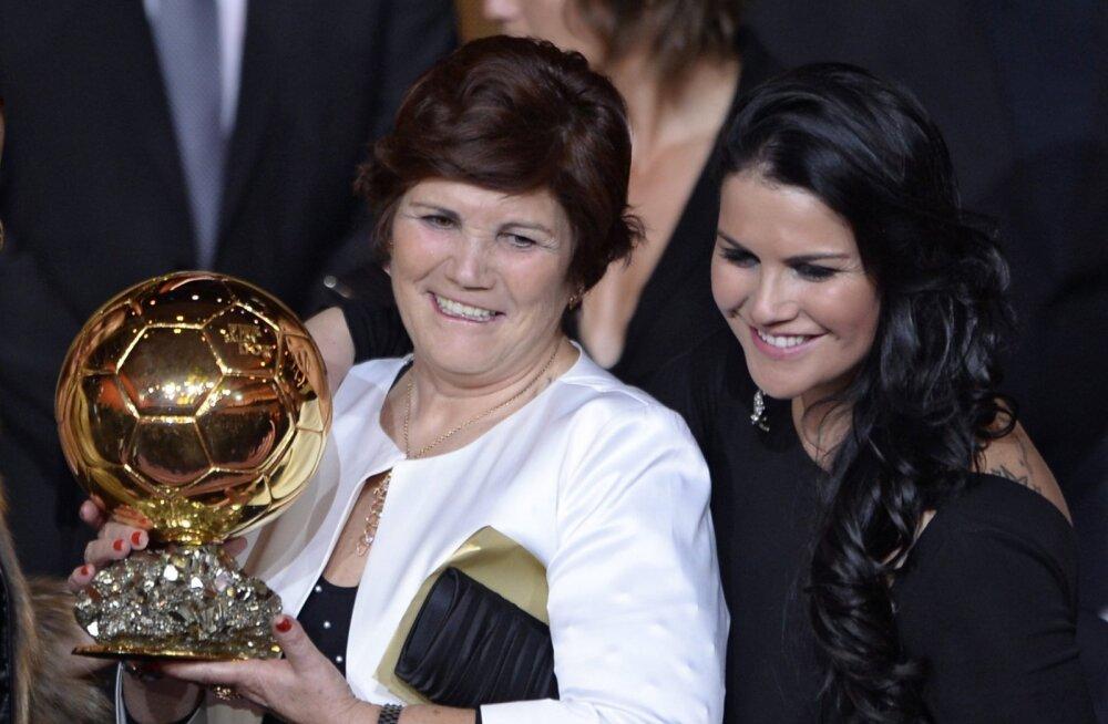 Cristiano Ronaldo ema Dolores Aveiro ja õde Katia