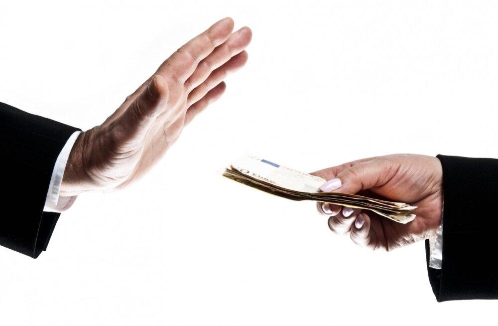 Altkäemaksuskandaali osalised lahkuvad ettevõtete juhtimisest
