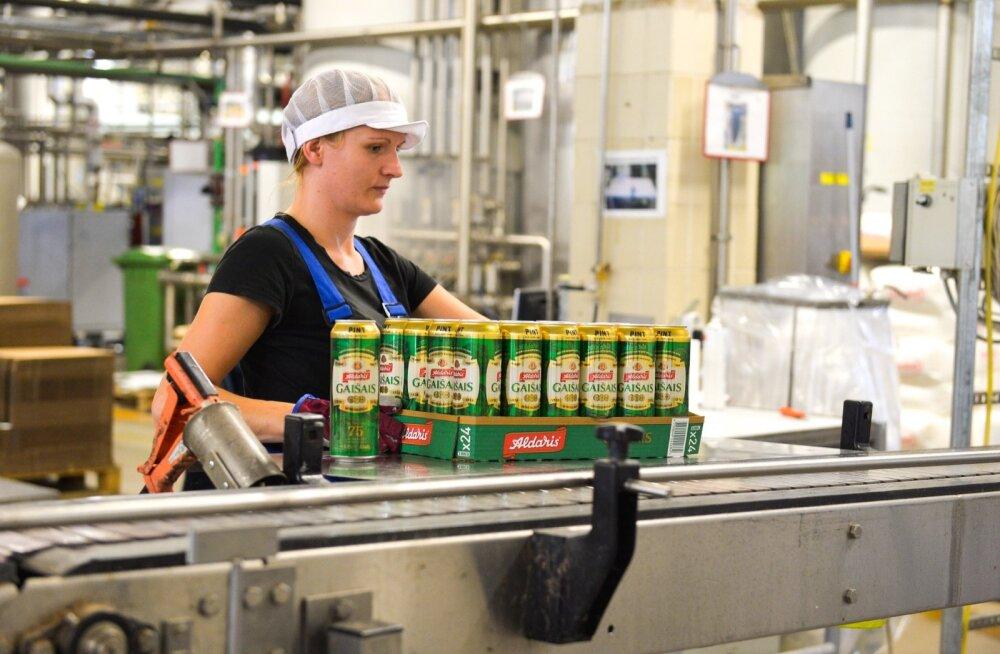 Õllepurki või -pudelit pealiskaudselt vaadates ei pruugi tihti arugi saada, et see on toodetud hoopis teises riigis: näiteks Aldarise õlut paneb lätlastele purkidesse Saku õlletehas.