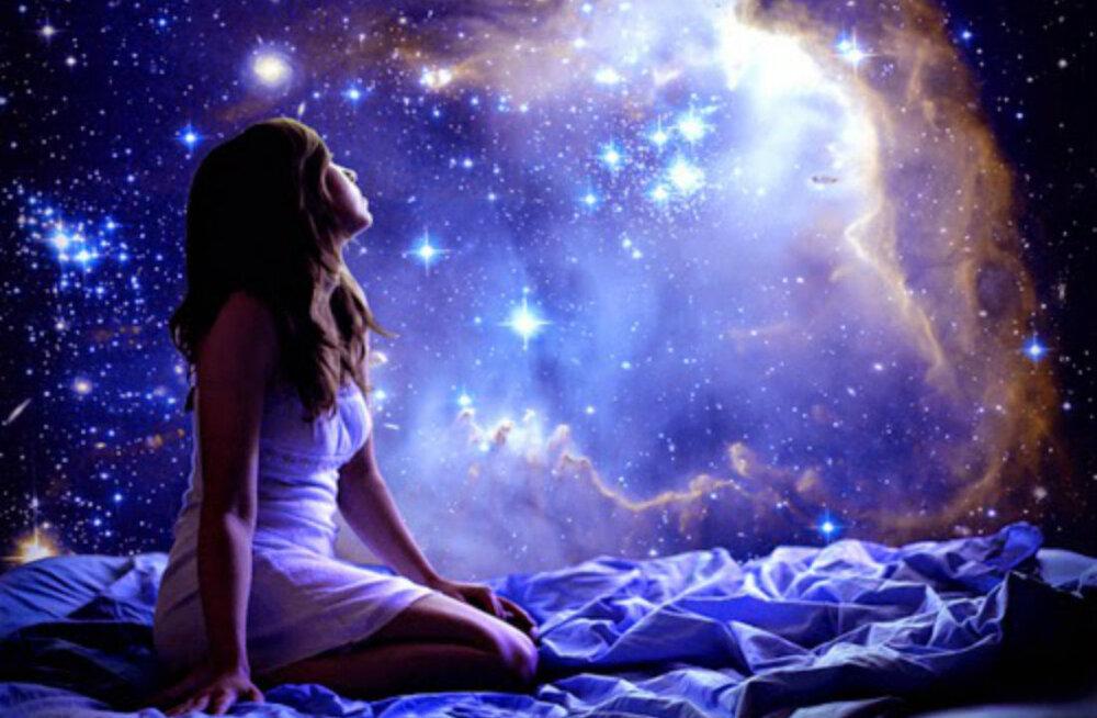 Mis tähelt sina pärit oled? Kas me võime olla tõesti kosmilist päritolu? Kas mäletad, hallo kosmos?