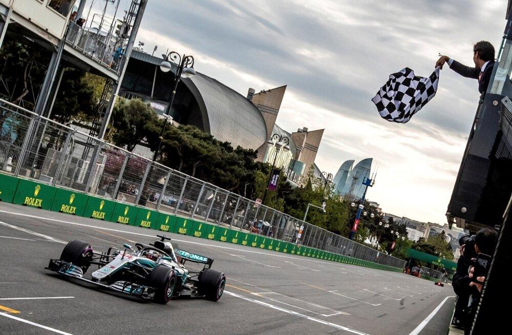Lewis Hamilton sai ootamatu ja üllatusliku esikoha.