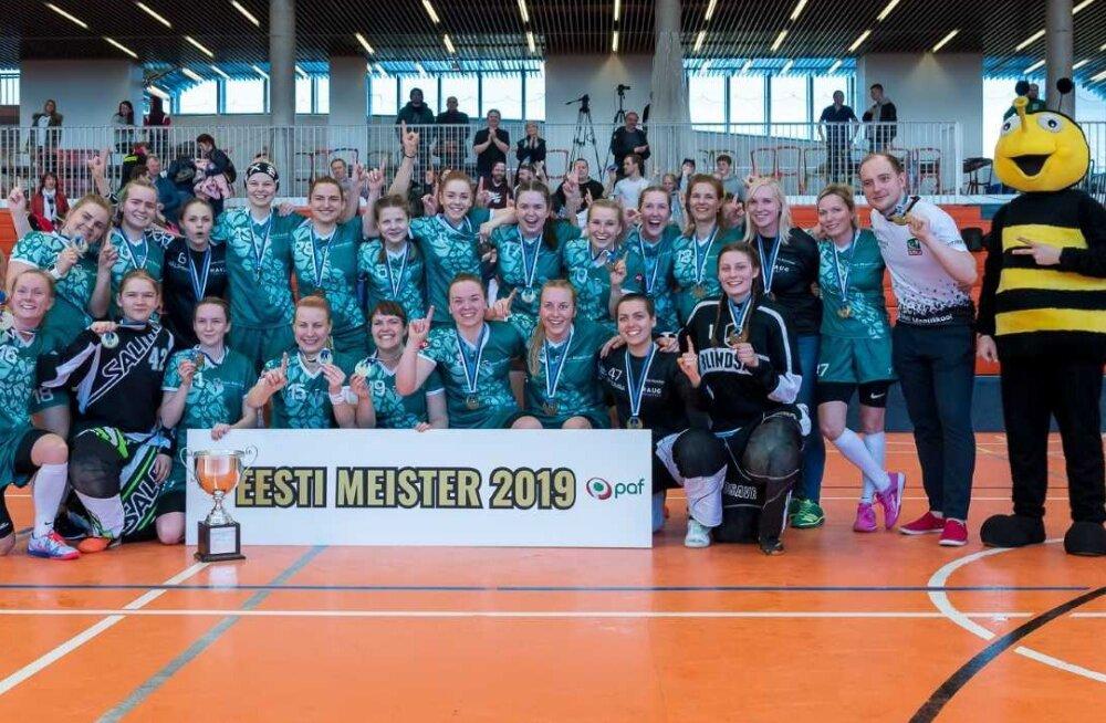 Eesti naiste saalihokimeistriks tuli EMÜ SK, meeste esiliiga võitis Viimsi Kepp