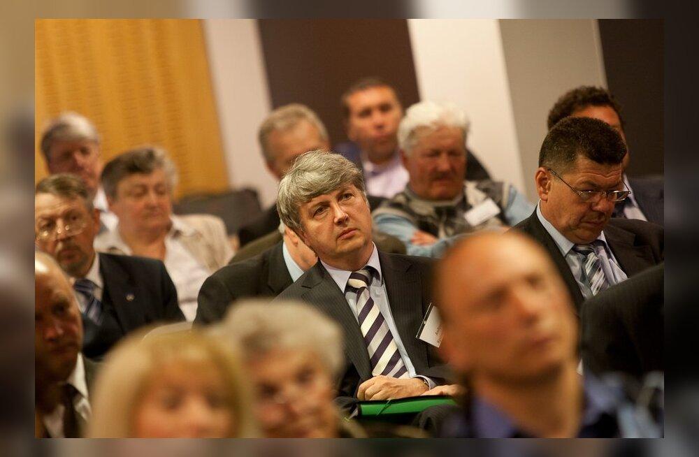 Почти треть организаций, представивших делегатов на соотечественный форум, не в ладу с законом