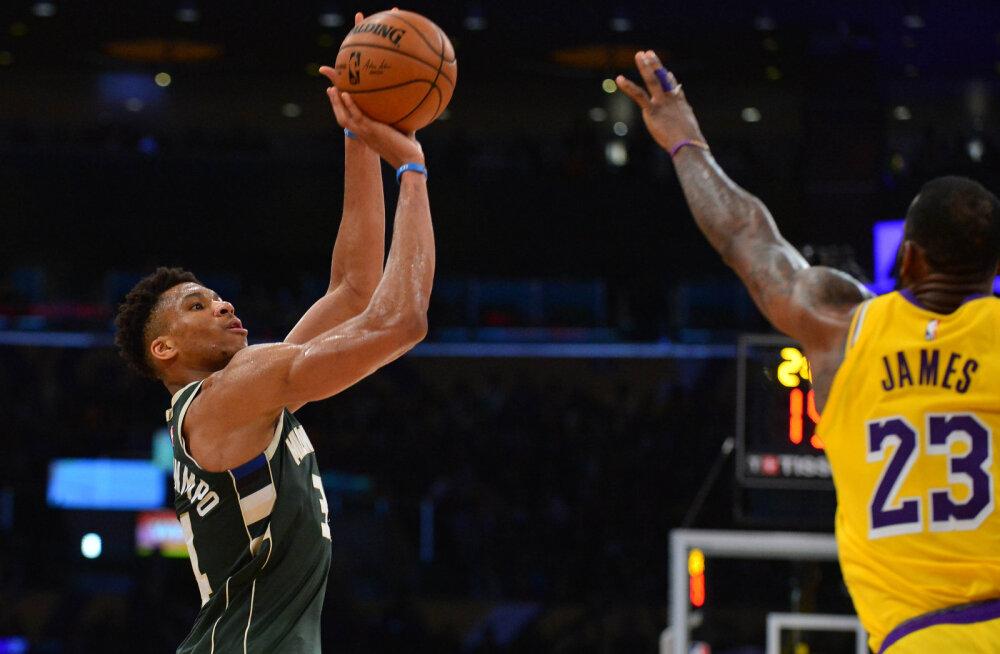 """NBA tahab panna staarid """"viit miinust"""" mängima ja selle teleekraanile tuua"""