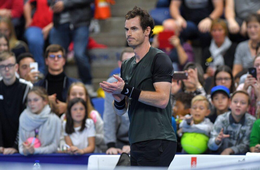 Andy Murray vägev tagasitulek jätkus finaalipääsuga