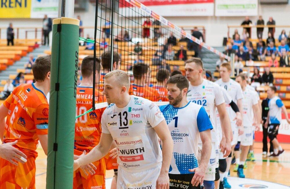 Tartu Bigbank (valgetes) juhib seeriat Pärnu vastu 1 : 0, edasipääsuks läheb vaja kolme võitu.