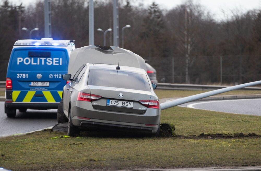 Liiklusõnnetused järvevana teel