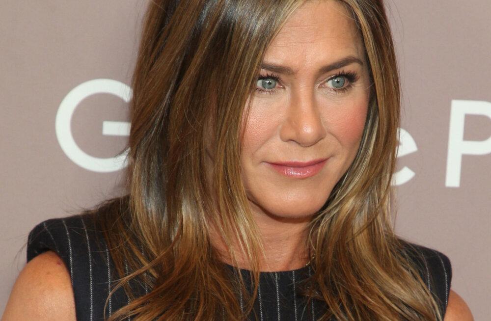Jennifer Aniston paljastab, et võitles ühe oma eeskuju kurja kommentaari pärast aastaid alaväärsuskompleksiga