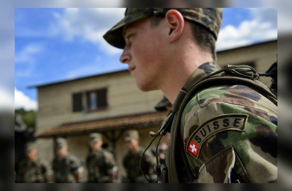 Šveitsi armee harjutas õppustel Prantsusmaa rünnaku tõrjumist