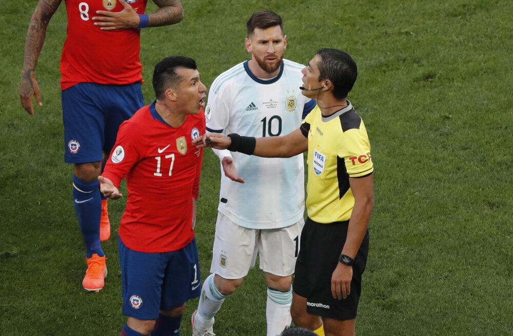 Karjääri teise punase kaardi saanud Messi: korruptsioon ja kohtunikud ei lase jalgpalli nautida