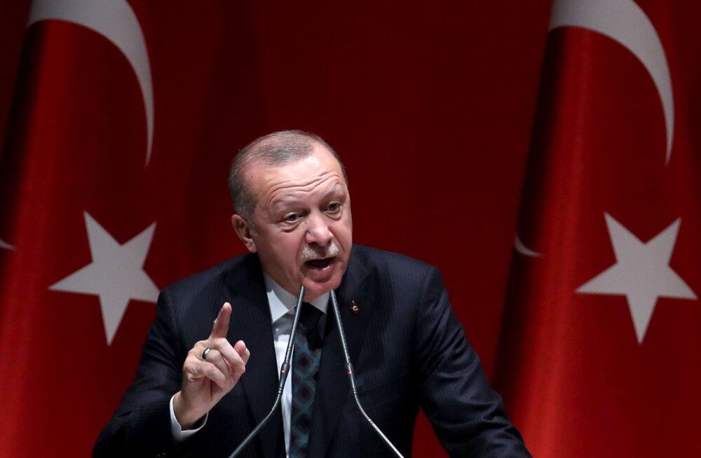 President Erdoğan ähvardas miljonid põgenikud Euroopasse lasta, kui EL Türgit kritiseerib