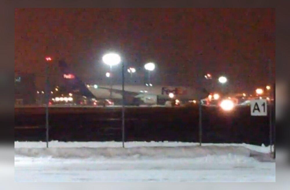 Vaata taevase kaubiku tulekut: Tallinna lennujaamas maandus maailma üks suuremaid lennukeid