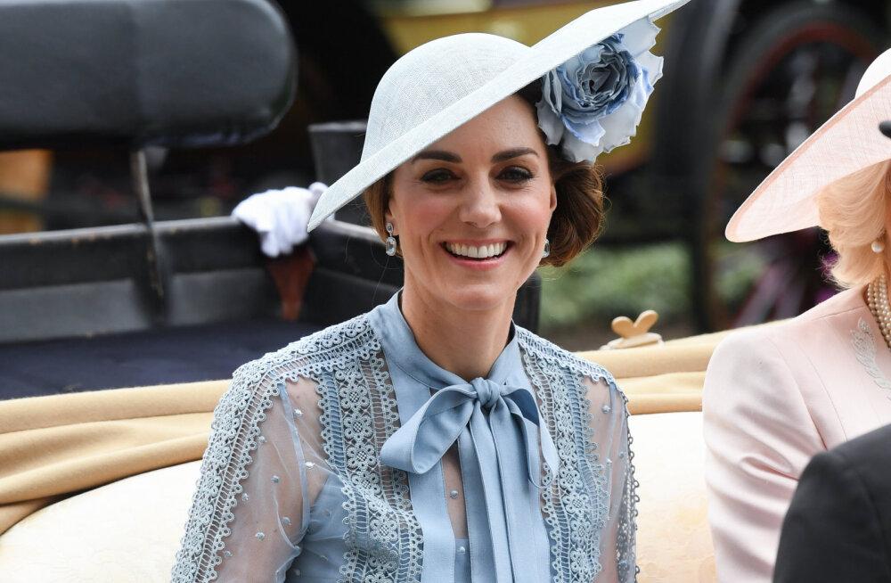FOTOD | Blondidel on lõbusam? Hertsoginna Kate näitas uut juuksevärvi