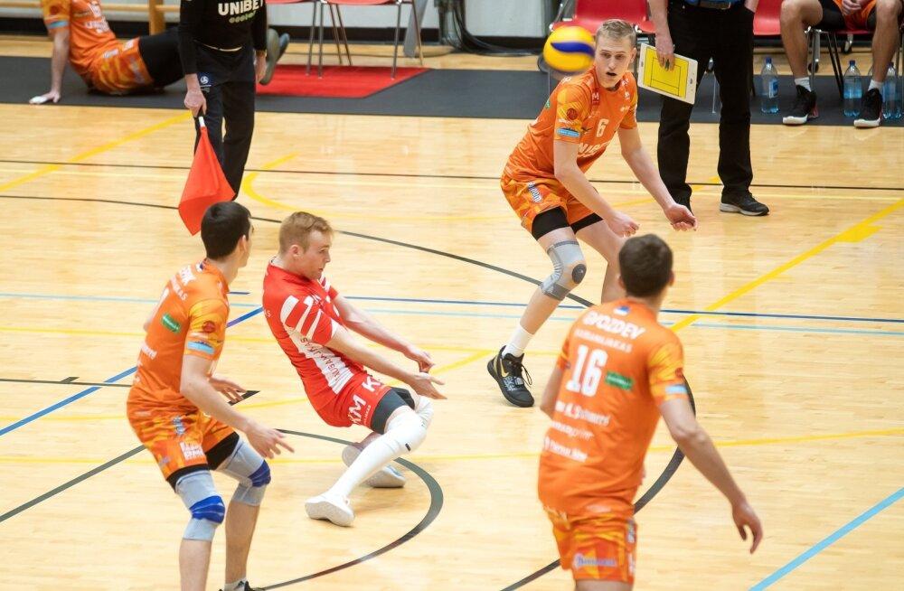 Credit 24, võrkpall, Saaremaa vk ja Pärnu vk