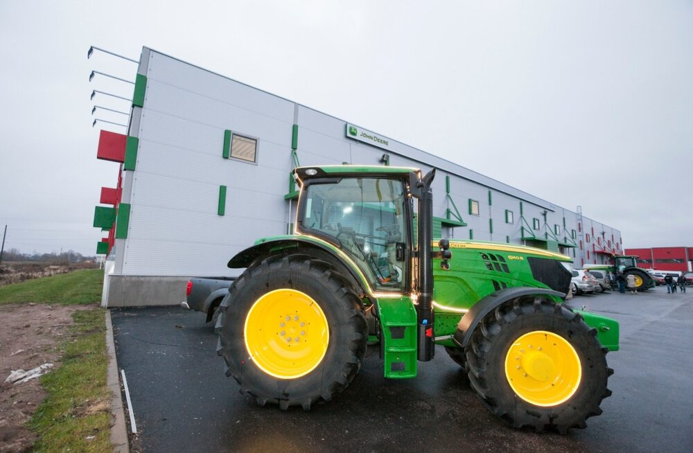 John Deere'i traktorist sai mullu Baltic Agro kaubamärk.