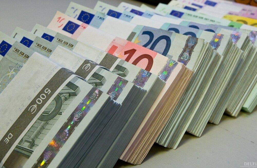 Eesti riigivõlg kasvas ligi 400 miljoni võrra