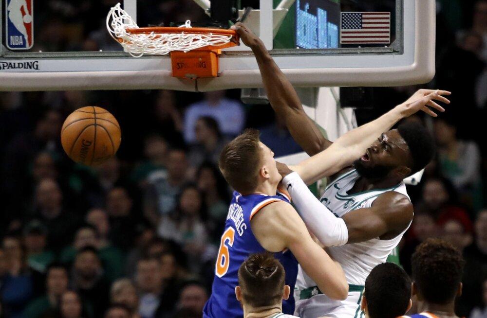 VIDEO | Celticsi noormängija pani Kristaps Porzingise võimsalt postrile