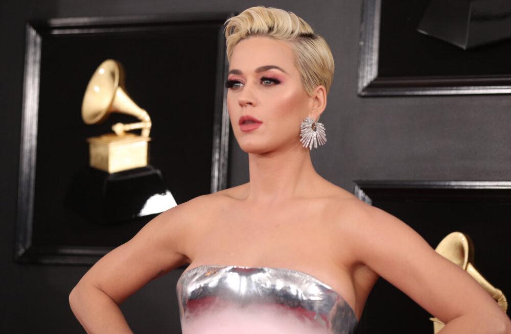 Katy Perry vabandab oma rassistlike susside pärast