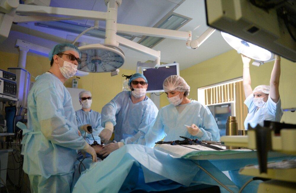 Venemaa arstid operatsioonil.