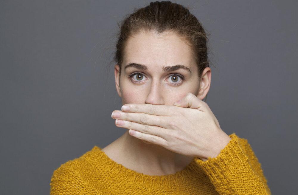 Hingeõhk haiseb? Põhjus võib peituda päris mitmes üllatuslikus teguris