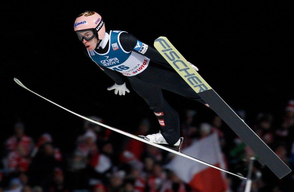 Stefan Kraft lendamas võidu poole.