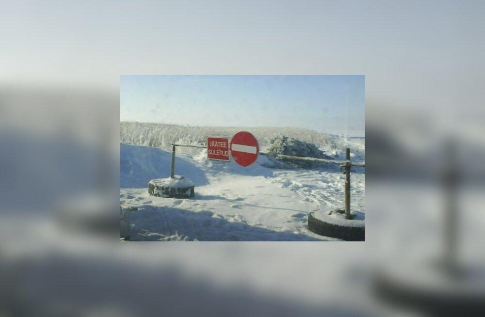 Avamata Kihnu jääteel käib tihe liiklus