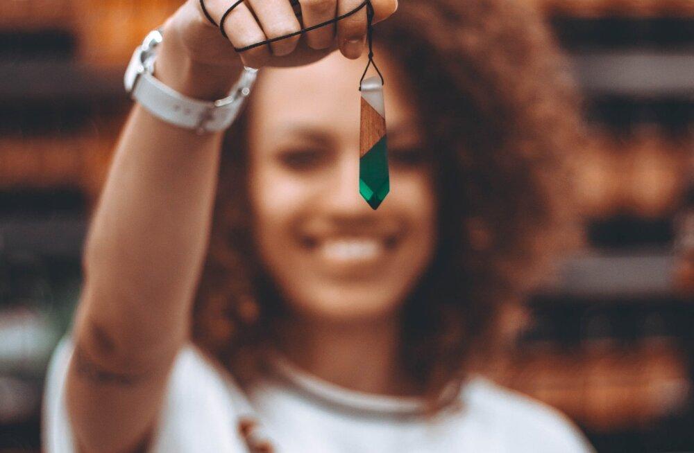 Kas tead, milliseid kristalle peaksid endale varuma, et need just sinu sünnikuuga ühtiksid ja sulle head õnne tooksid?