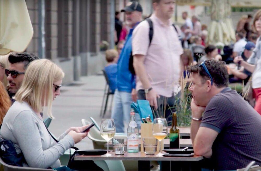 Nii äge! Ameerika armastatud teleajakirjanik tegi Eestist minisarja