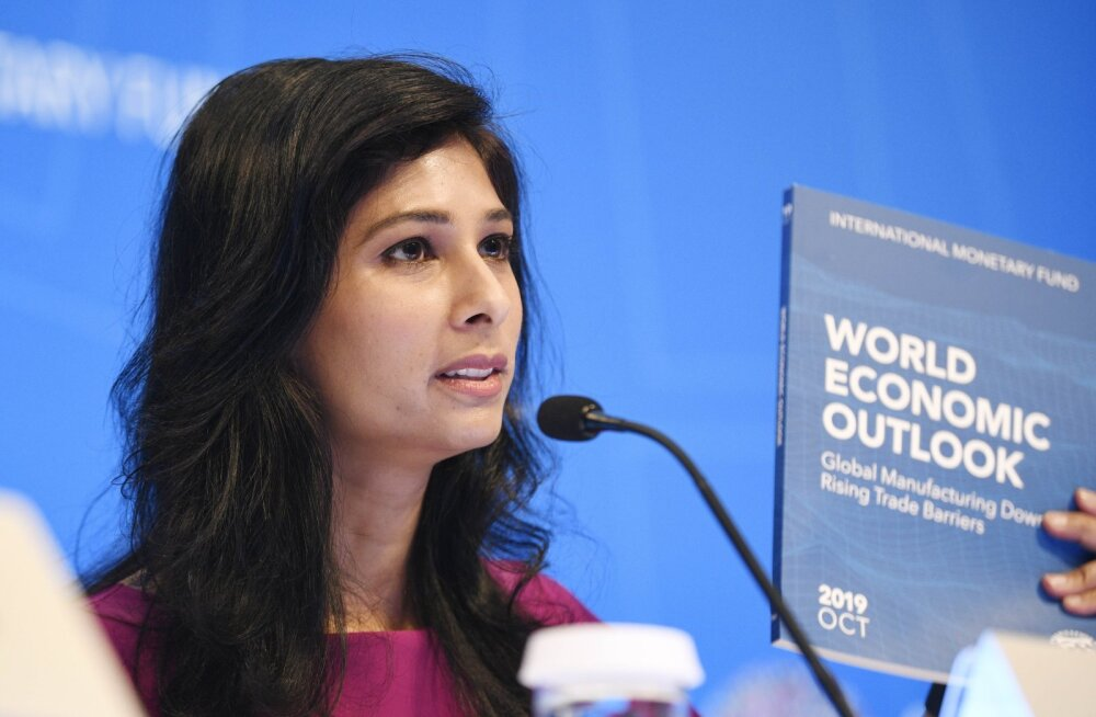 IMFi peaökonomist Gita Gopinath eelmise aasta sügisel majandusprognoosi tutvustamas.